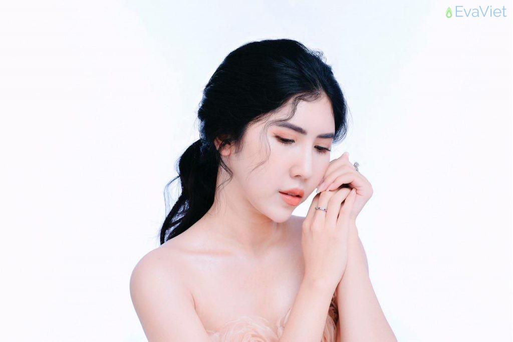 Ella cô gái 9x được nhiều chị em phụ nữ biết đến tại vùng đất Cà Mau hay còn gọi là Nhi Nguyễn
